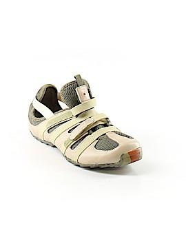 Tsubo Sneakers Size 6