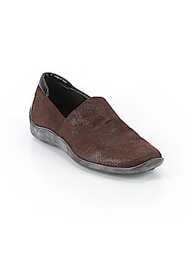Donald J Pliner Sneakers Size 7
