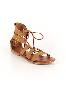 Kirra Sandals Size 8