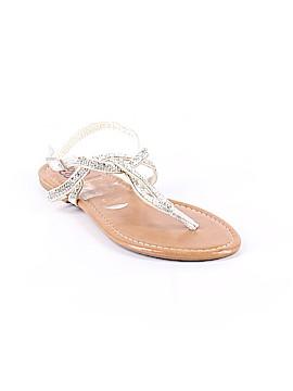 Daisy Fuentes Sandals Size 7 1/2