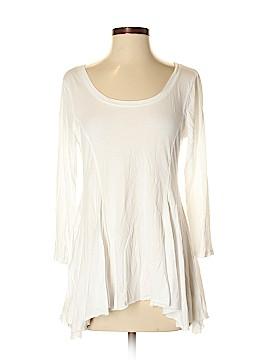 T.la 3/4 Sleeve Top Size M