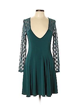 Kimchi Blue Casual Dress Size L