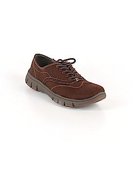 Easy Street Sneakers Size 8