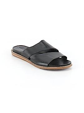 Tahari Sandals Size 5 1/2