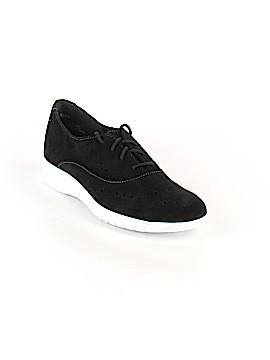 Munro American Sneakers Size 7