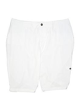 Avenue Shorts Size 22 (Plus)