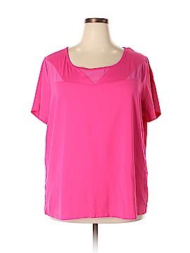 Livi Active Active T-Shirt Size 22 (Plus)
