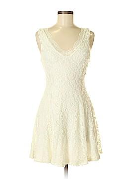 Iris Casual Dress Size M