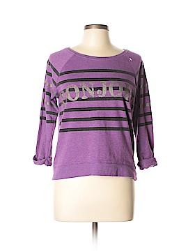 Seventeen Sweatshirt Size L
