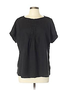 World Market Short Sleeve Top Size Lg - XL