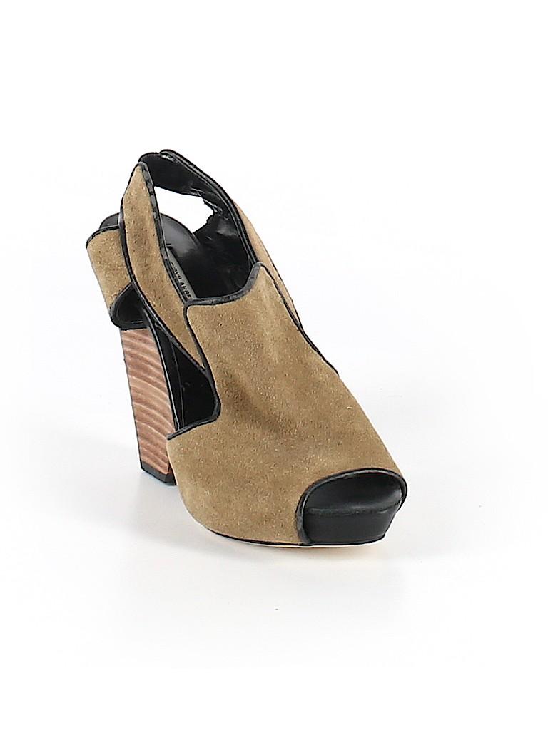 Kathryn Amberleigh Women Heels Size 6