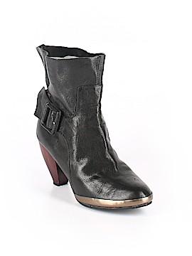Faryl Robin Boots Size 8 1/2