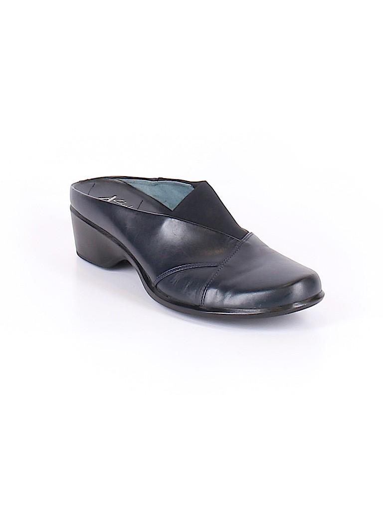 Clarks Women Mule/Clog Size 9