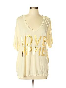 Peace Love World Short Sleeve T-Shirt Size L