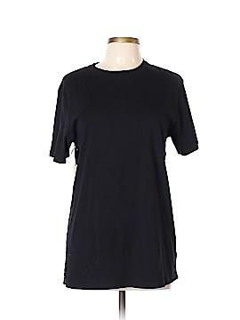 TNA Short Sleeve T-Shirt Size L