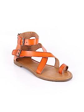 Universal Thread Sandals Size 10