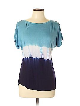 Trina Turk Short Sleeve T-Shirt Size L