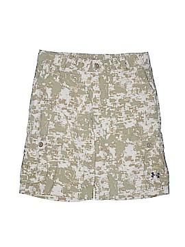 Under Armour Cargo Shorts Size X-Large (Youth)