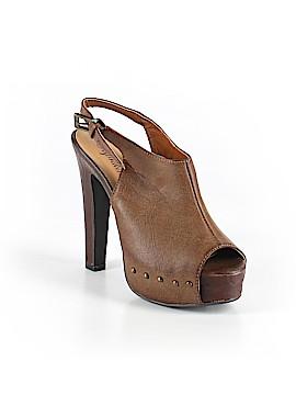 Paprika Heels Size 7 1/2