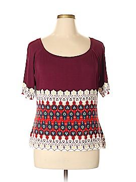 St. John Short Sleeve T-Shirt Size XL