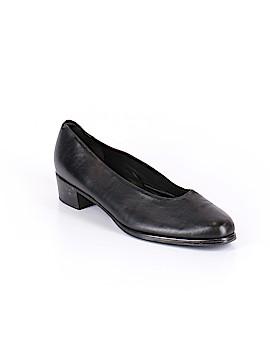 Munro American Heels Size 10 1/2