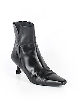 Stuart Weitzman Ankle Boots Size 7