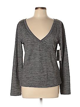 Roxy Active T-Shirt Size XL