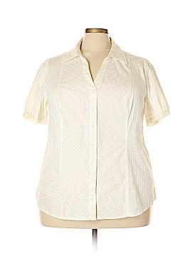 Lane Bryant Short Sleeve Button-Down Shirt Size 22/24 Plus (Plus)