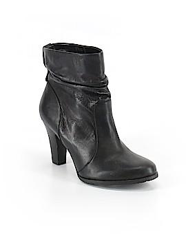 BCBG Paris Boots Size 6