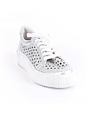 Renvy Sneakers