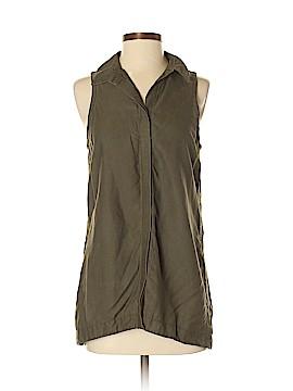 Athleta Sleeveless Button-Down Shirt Size S