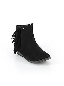 Tahari Boots Size 4