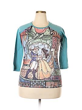Disney 3/4 Sleeve T-Shirt Size XL