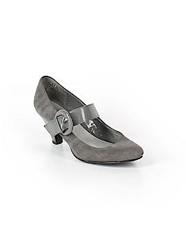 Jaclyn Smith Heels Size 8