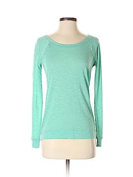 Kohl's Long Sleeve T-Shirt Size S