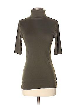 Merona Short Sleeve Turtleneck Size M