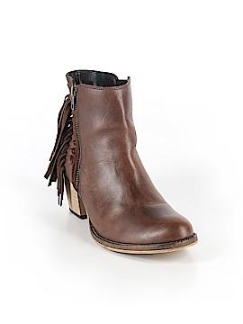 Dingo Ankle Boots Size 9