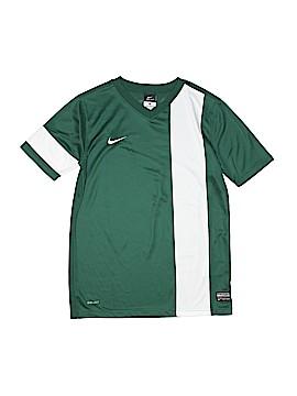 Nike Active T-Shirt Size L (Kids)