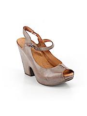 Naya Heels