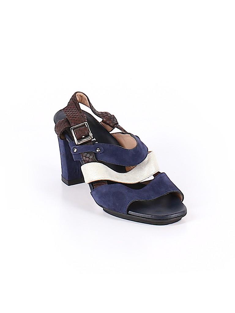 Anyi Lu Women Heels Size 34 (EU)