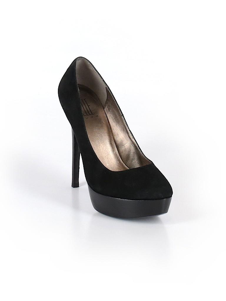 Pelle Moda Women Heels Size 8