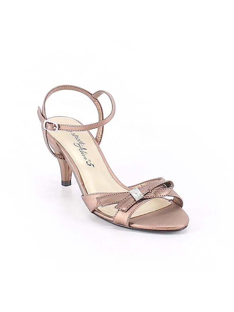 Easy Street Women Heels Size 6