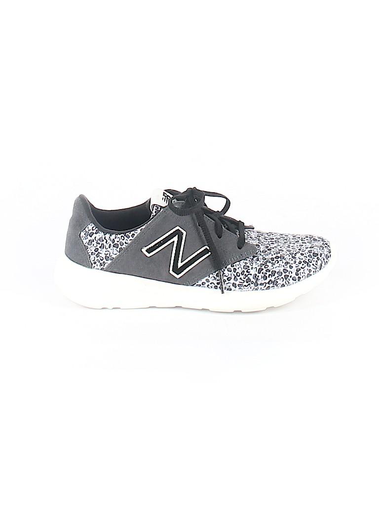 New Balance Women Sneakers Size 6