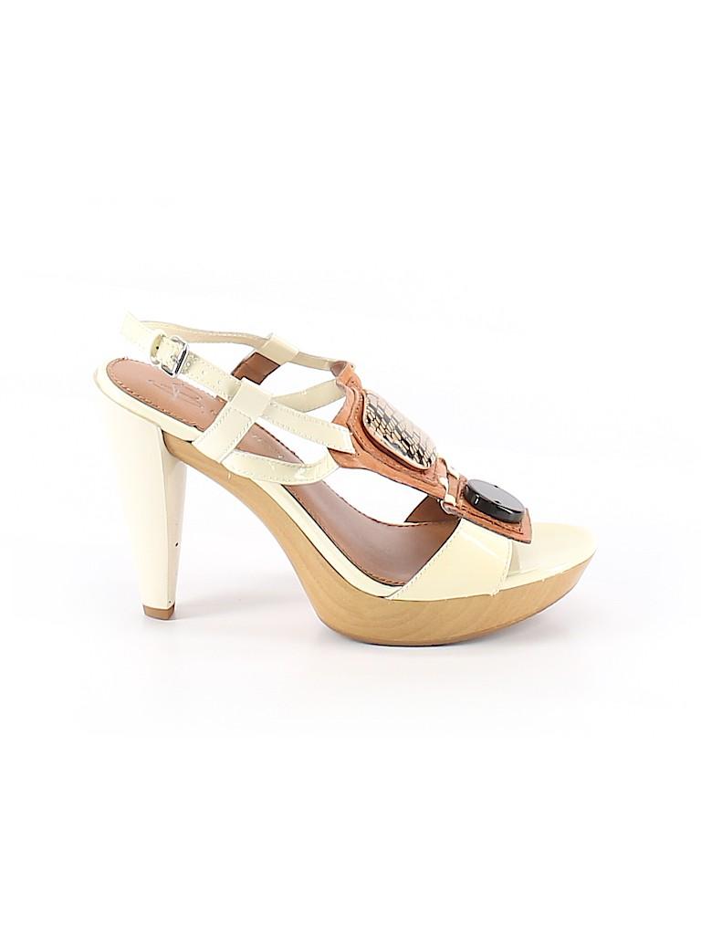 B Makowsky Women Heels Size 8
