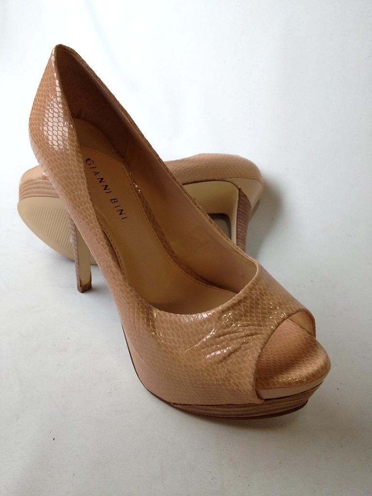 Gianni Bini  Women Heels Size 9 1/2M
