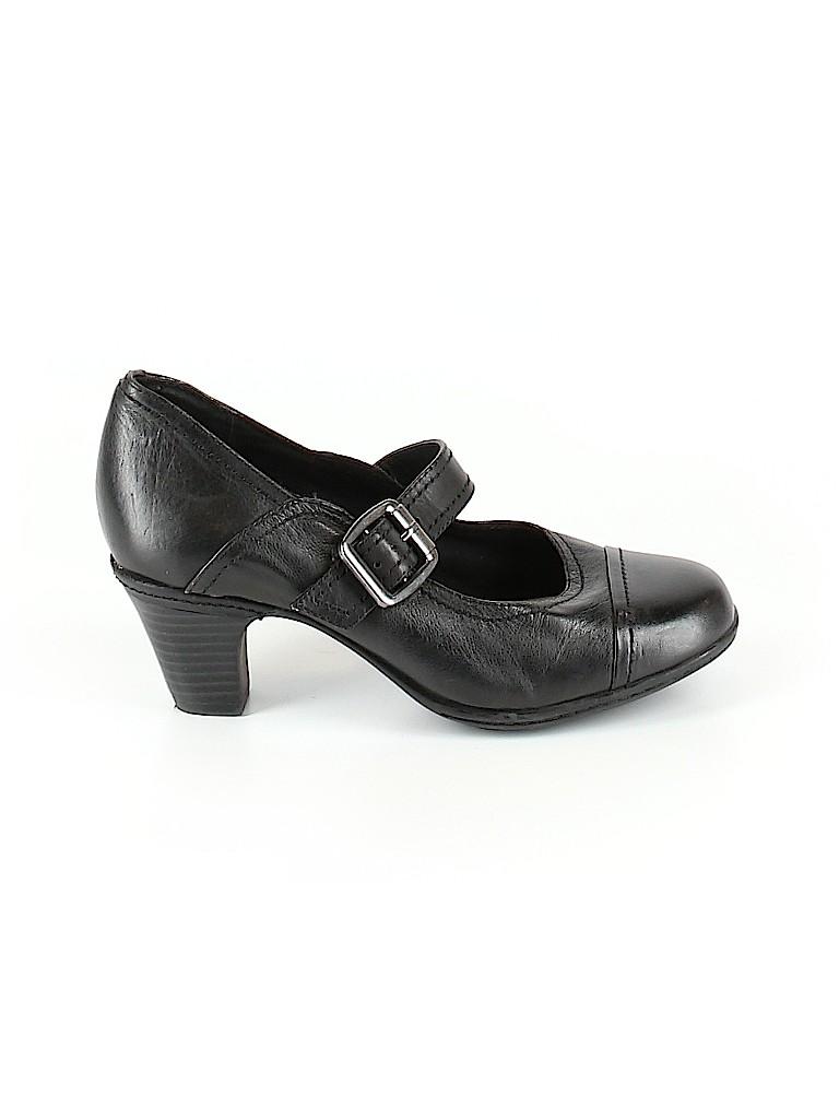 Michelle D. Women Heels Size 5 1/2