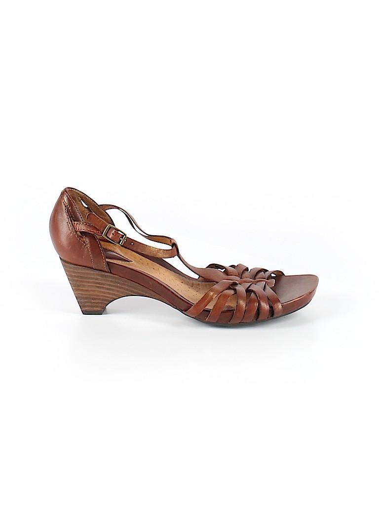 Clarks Women Heels Size 8 1/2
