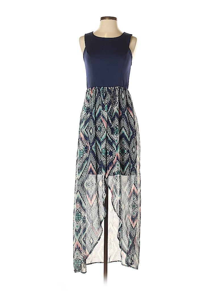 Xhilaration Women Casual Dress Size M