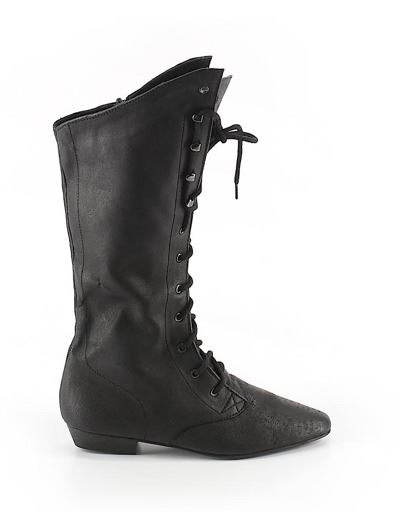 PASSPORTS Women Boots Size 6
