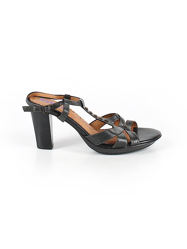 Indigo by Clarks Women Heels Size 9